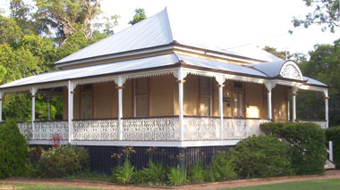 Shire Clerks Cottage - Wynnum