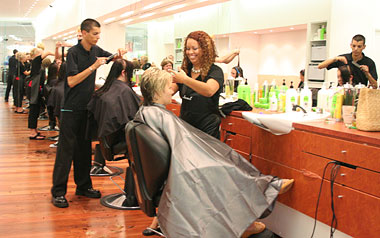 Wynnum Plaza Hairdresser